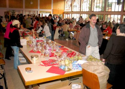 Impressionen vom 36. Dörlinbacher Missionsbasar in der Turn- und Festhalle, der 10 000 Euro für die Armenhilfe in San Isidro in Argentinien erbrachte.