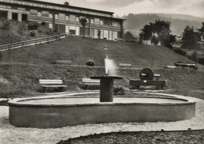 Der Brunnen bei der Kuranlage