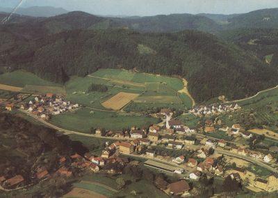 Postkartenansicht: Luftaufnahme Dörlinbach
