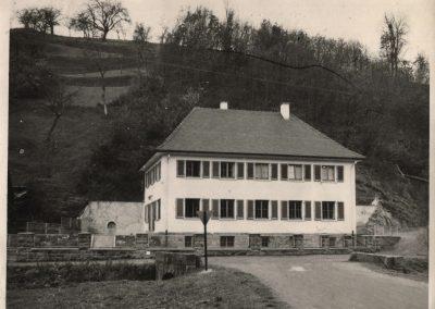 Alte Aufnahmen von der Kinderschule, der heutigen Kindertagesstätte St. Angela. In den Jahren 1953/1954 wurde sie gebaut und eingeweiht.