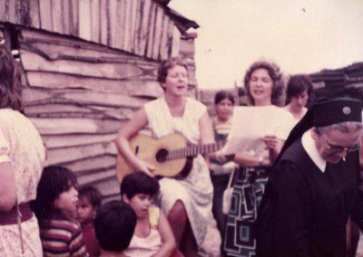 """Schwester Fiatis im """"Barrio Virreyes"""" in San Isidro"""