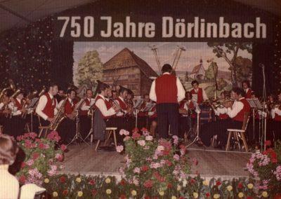 Festakt anlässlich der 750-Jahr-Feier im Festzelt.