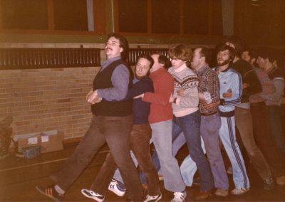 Februar 1982: Einblicke in die Proben zum Zunftabend der Bremsdorfer Narrenzunft Dörlinbach in der Turn- und Festhalle in Schuttertal.