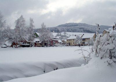 März 2003: Schneetreiben in der Hauptstraße.