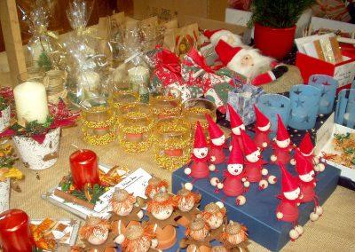 Missionsbasar 2008: Die Bastelwaren waren bei den Dörlinbacher Missionsbasaren immer sehr vielfältig.