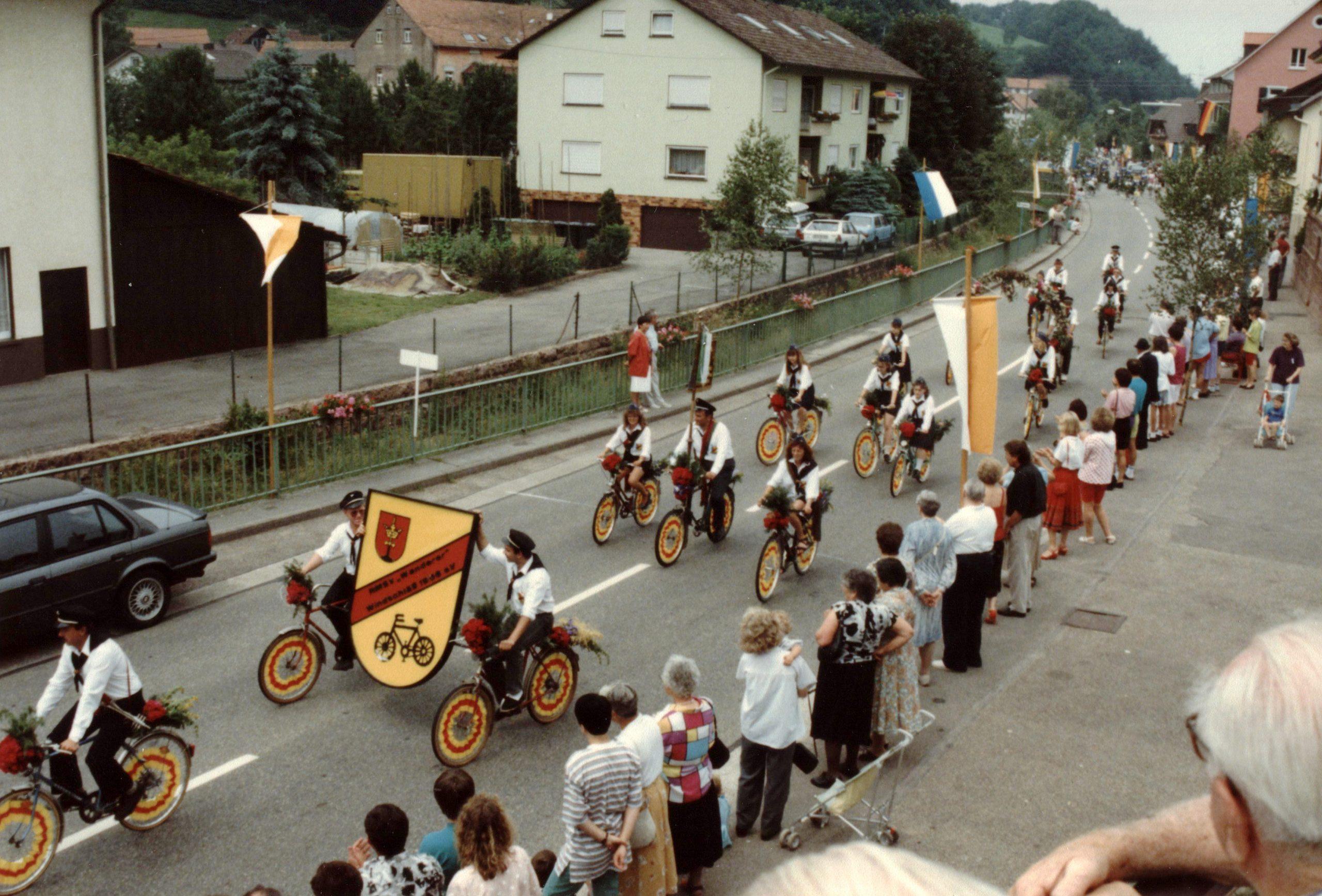 800 85 Jahre Radfahrverein 6a Umzug Juli 1992 tw scaled