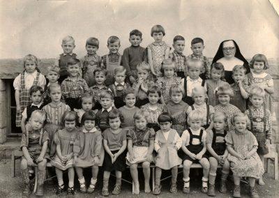 Die Kindergartenkinder der Jahrgänge 1951 bis 1953.