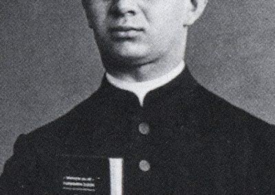 Leo Schüssele, Pfarrer und Familienforscher (16.4.1885 bis 22.10.1947 ). Geboren und aufgewachsen in Dörlinbach. Zuletzt Pfarrer in Gütenbach.