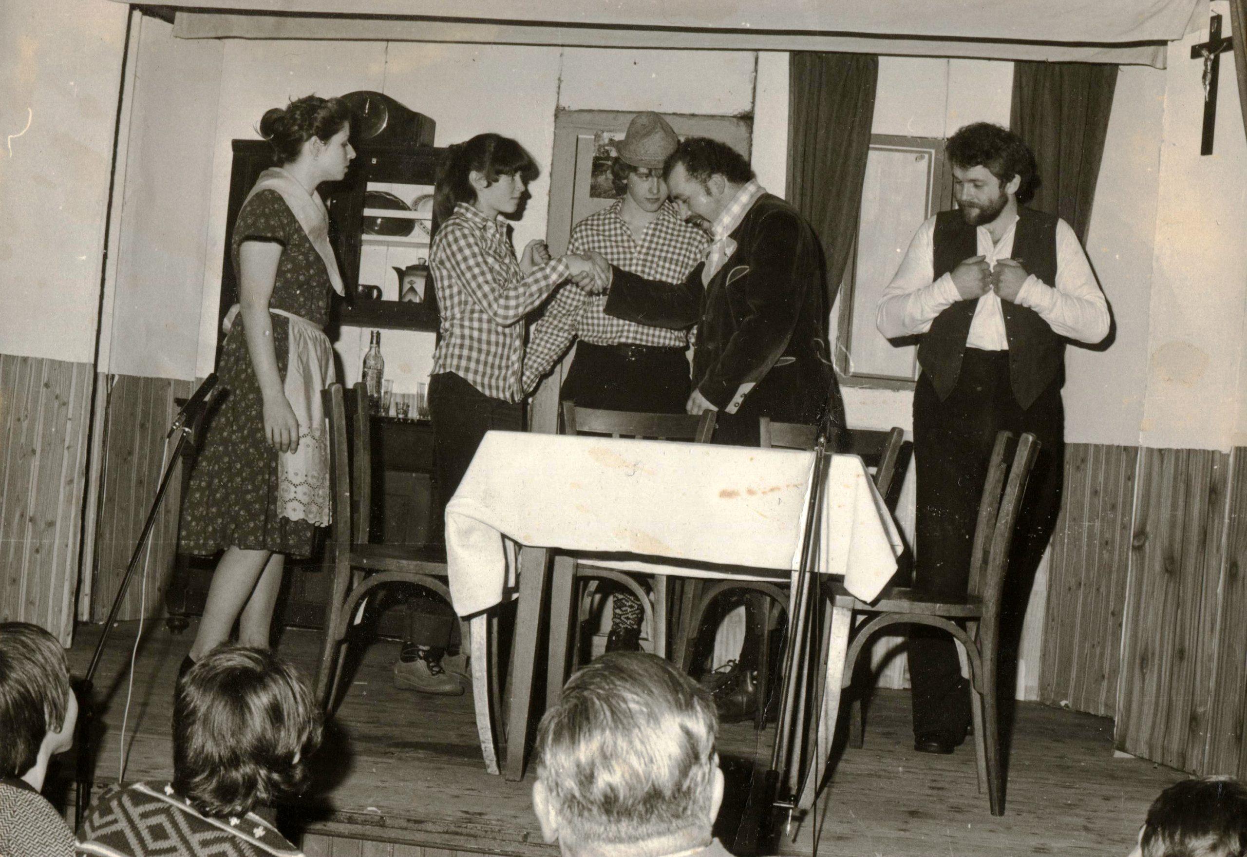 Das Theaterspiel hatte auch über Jahrzehnte hinweg auch bei der Feuerwehr Tradition.