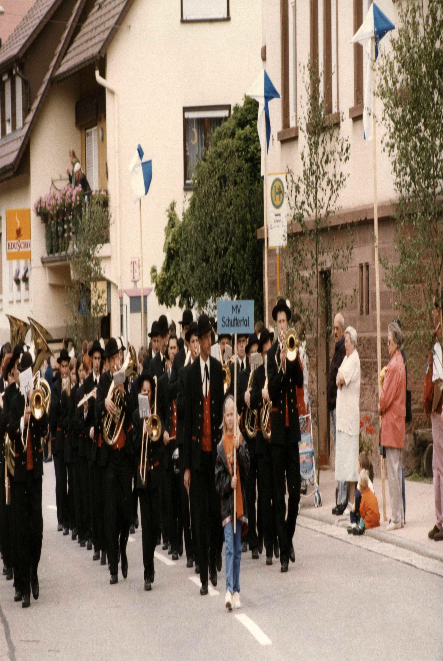 800 90 Jahre Radfahrverein Mai1997 00A sch hoch scaled