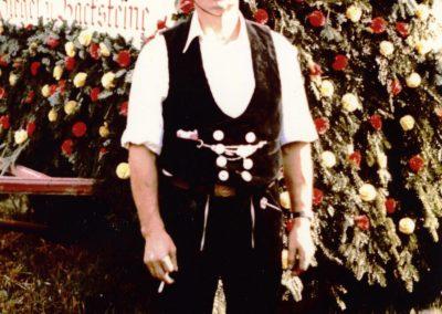 750-Jahr-Feier im Jahre 1975: Joseph Fischer präsentiert sich in der Zimmermannskluft.